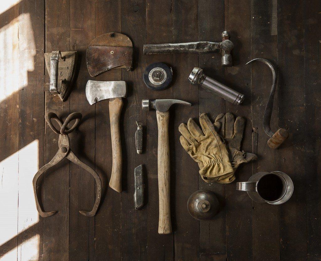 construction work carpenter tools 1024x832