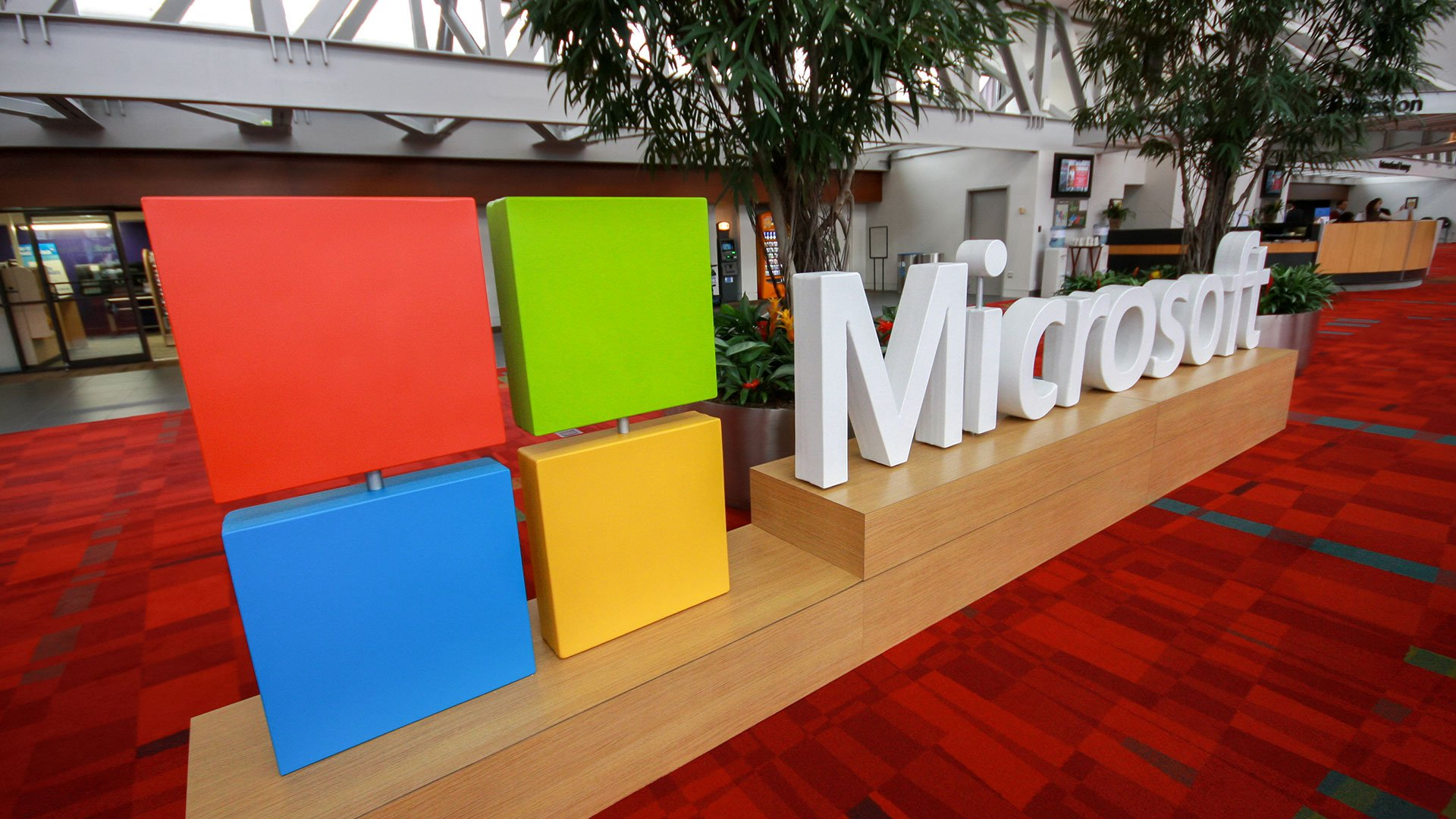 Cloud-computing growth drives Microsoft quarterly earnings beat