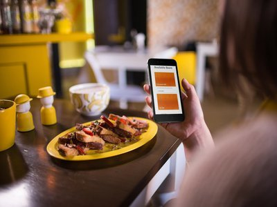 4 Tested Mobile Tactics to Grow Your Restaurant's Business