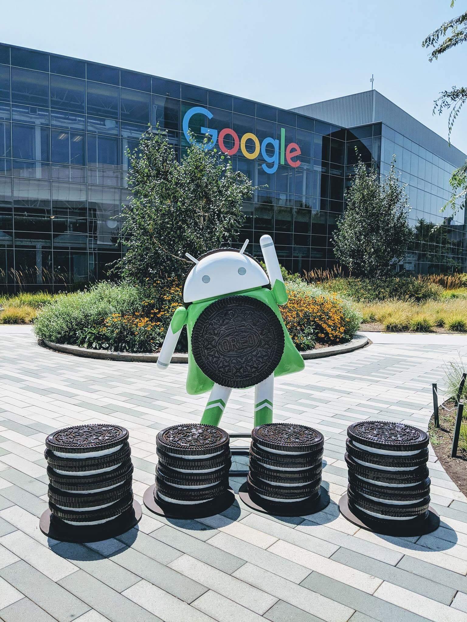 Android Oreo statue, Google Dance Tokyo & razor scooters