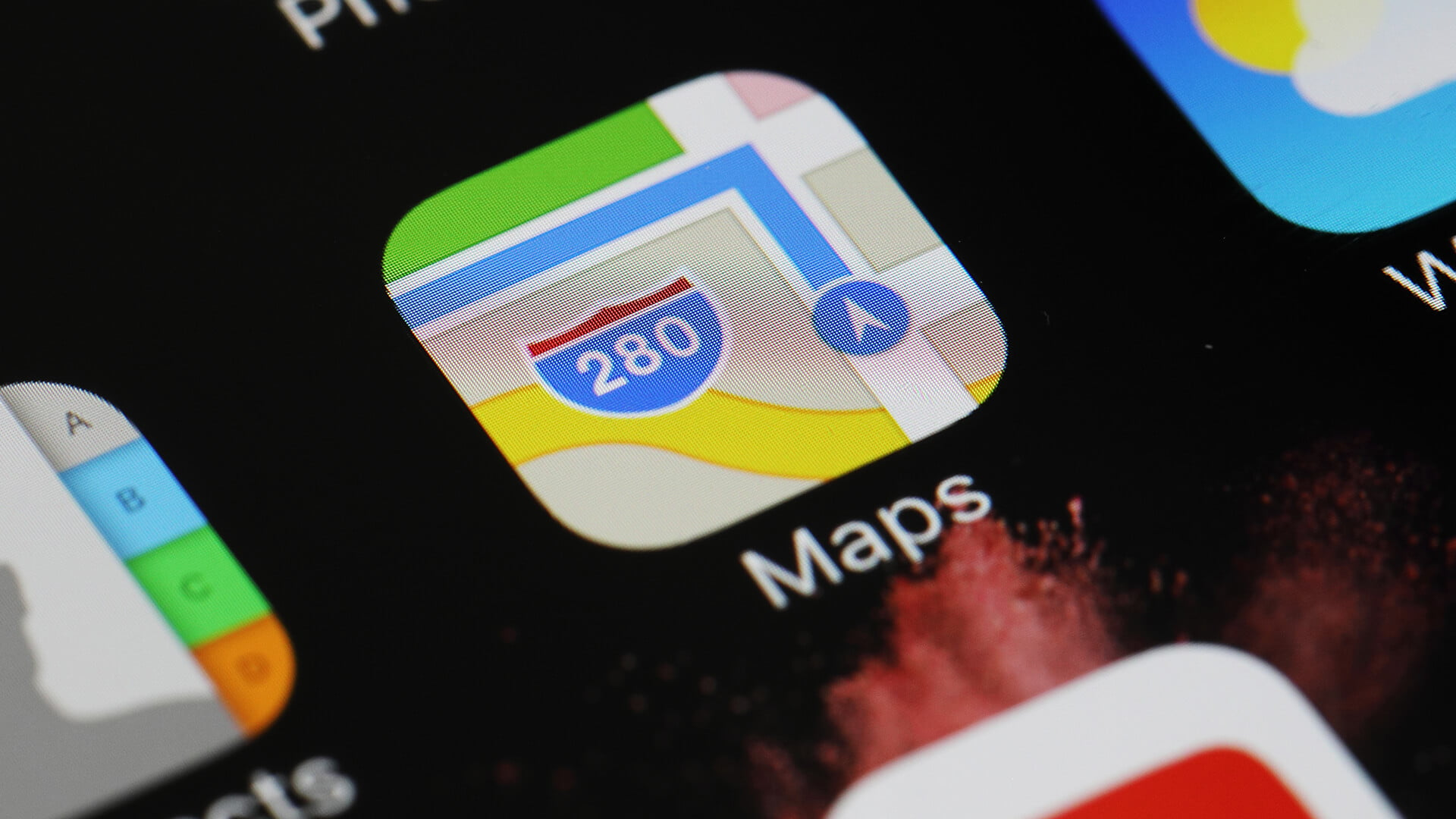 Apple reportedly hiring dozens of new mapping experts and engineers