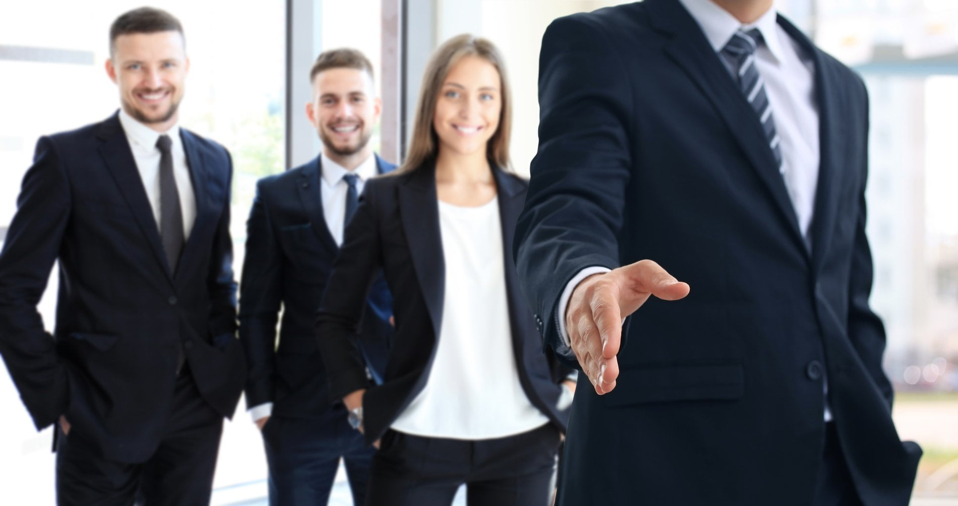 13 Techniques to Make New Employees Feel Welcome