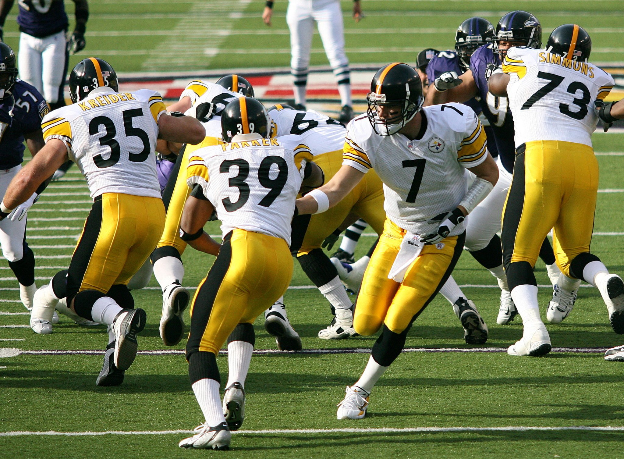 Pittsburgh Steelers Being Fined $1M By NFL For Each Player Skipping National Anthem Is Fake News