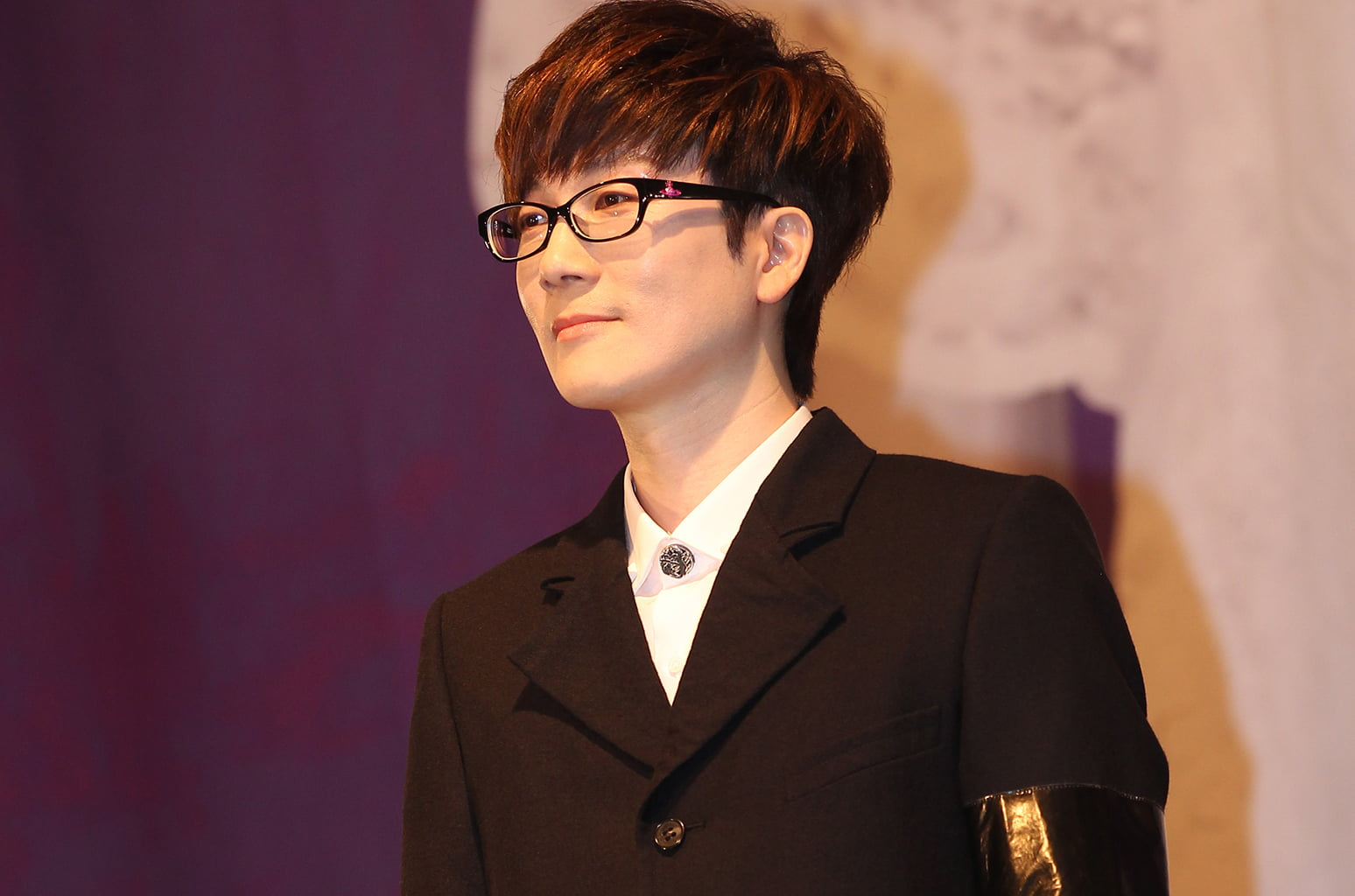 K-Pop Legend Seo Taiji Holds 25th Anniversary Concert, Passes Torch to BTS