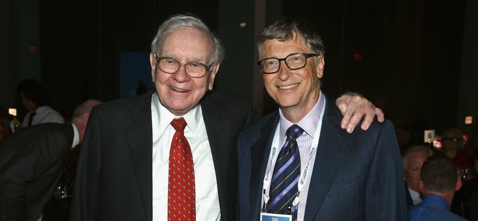 There's an Old Rumor That Warren Buffett Dislikes Tech Stocks, and It's Not True