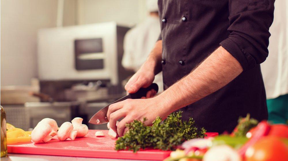 5 Ways Technology is Saving Restaurants Money on Operations
