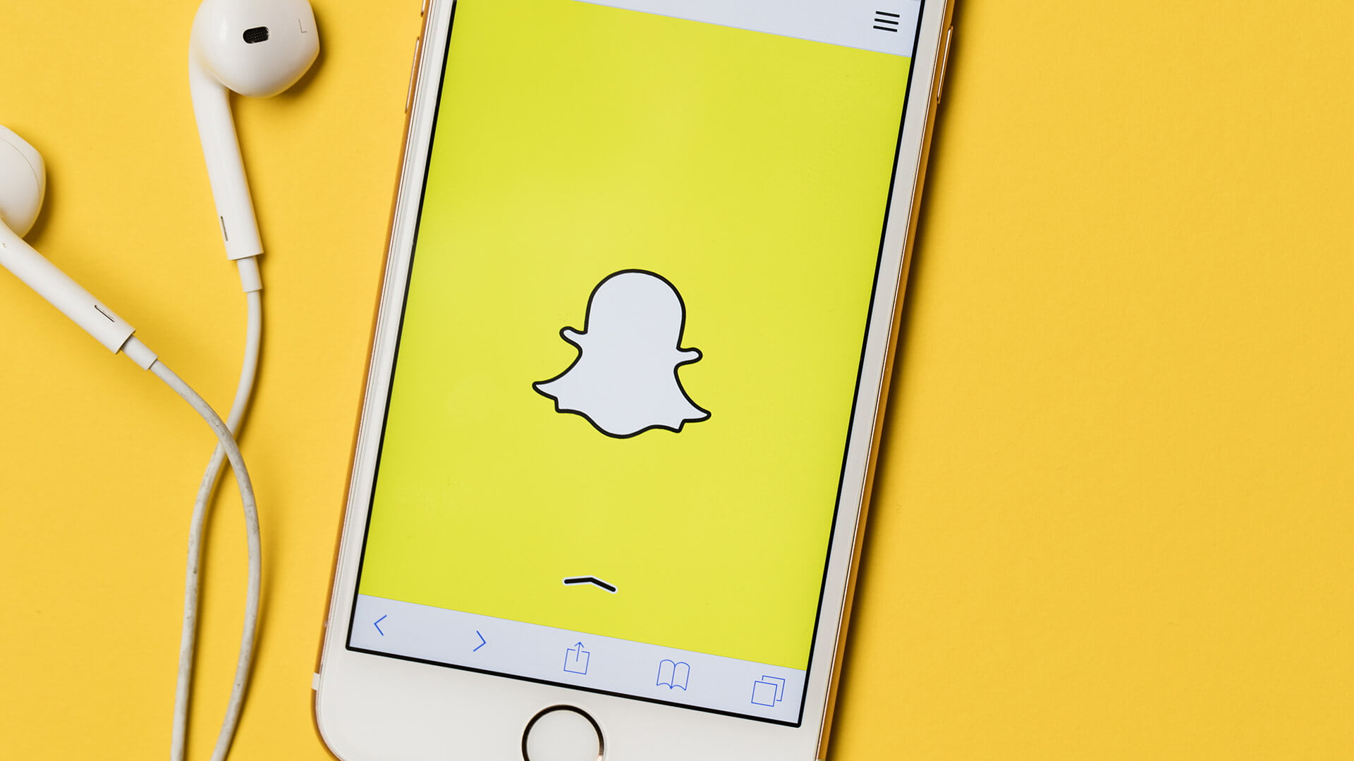 Snapchat now lets brands link Sponsored Lens, Geofilter ads to their sites