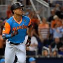 Yankees to acquire Marlins slugger in stunning deal