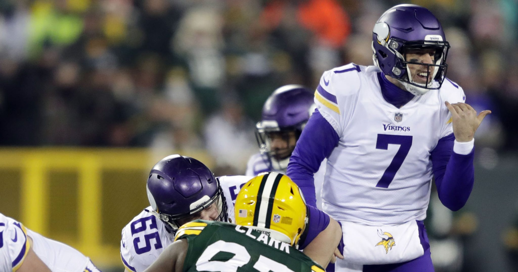 Vikings freeze out Packers, eye first-round bye