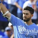 Eric Hosmer has 7-year, $147 million offer to return to Royals
