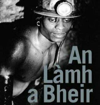 An Lamh a Bheir by Seonaidh Charity 9781910985465 | Brand New | Free US Shipping
