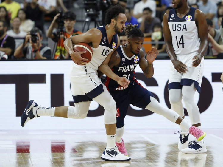 FILE PHOTO: Basketball - FIBA World Cup - Quarter Finals - United States v France - Dongguan Basketball Center, Dongguan, China - September