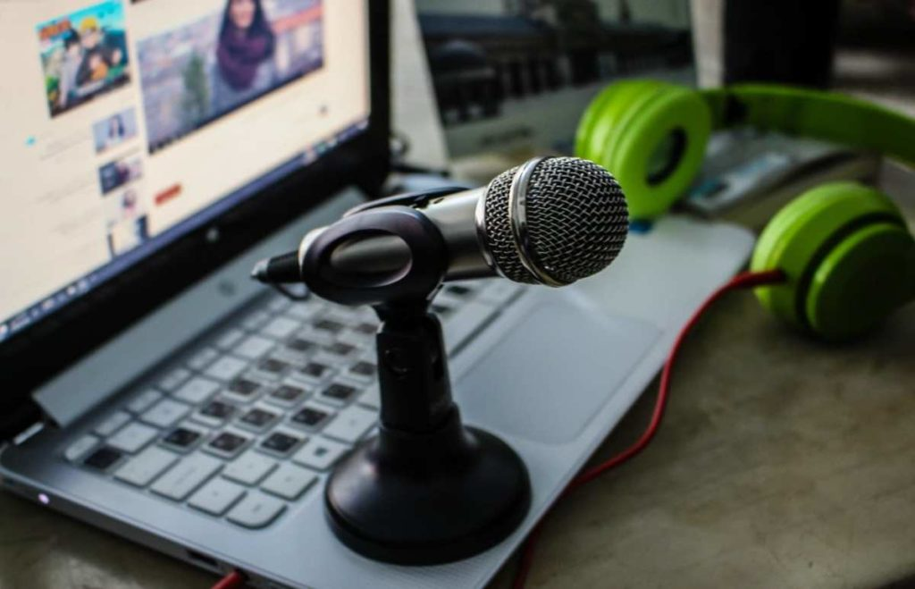 How to Up Your Live Video Content Strategy to Drive Growth