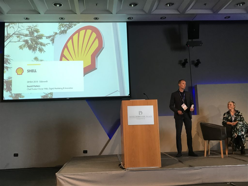 David Putters at Shell Gets Ready to Tell the Audience about Uberall at SIINDA 2018