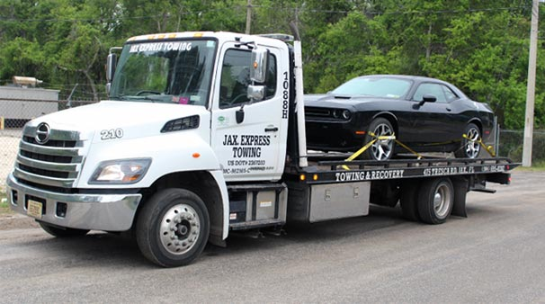 Towing Truck Company in Jacksonville FL Shows Important Services