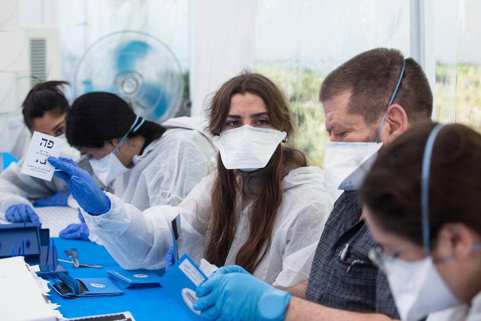 Israel Counts Ballots From Voters Under COVID-19 Quarantine